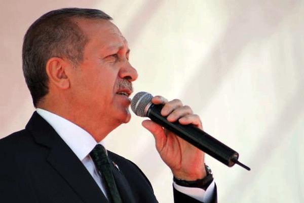 Başbakan Erdoğan'ın sesi kısıldı - izle