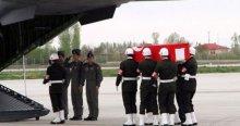 Bitlis'te bir asker kaza kurşunuyla şehit oldu
