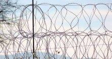 Hırvatistan sınıra 'demir kapı' yerleştirdi