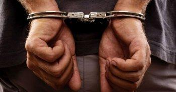 Diyarbakır'da 7 öğretmen tutuklandı