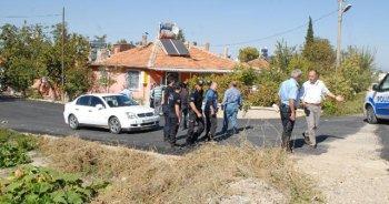 Dolandırıcılara suçüstü baskın, 2 polis yaralı