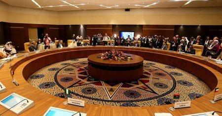 OPEC üyesi ülkeler petrol üretimini belli bir seviyede tutacaklar