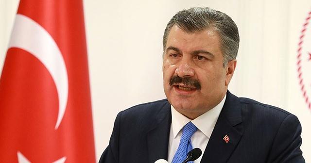 Sağlık Bakanı Koca: Umre'den dönen bir kişinin koronavirüs testi pozitif çıktı